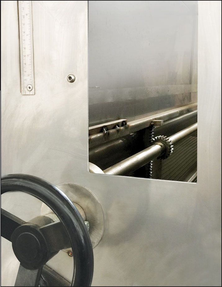SVL500 - ROASTING OVENS Product thickness adjustment...